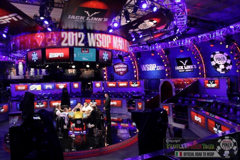 WSOP 2012 – Main Event: rientriamo in Italia,  ma il cuore resta con gli azzurri a Las Vegas!