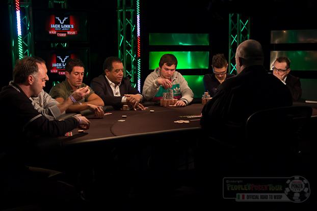Final Table del WSOP Side Event: questi gli otto finalisti