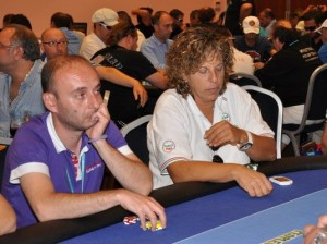 Vittorio Papa al PPTour di budva del 2010, al tavolo con Giuliana Celestini