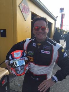 Una recente immagine di Marco Cioci che, appena sceso dalla sua Ferrari, si è fatto scattare questa foto per mandare i suoi saluti alla nostra famiglia!