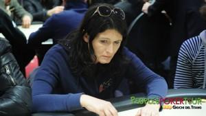 Stefania 'V4g4b0nd4' Gander, vincitrice del Super Torneo, alla recente tappa PPTour di San Marino