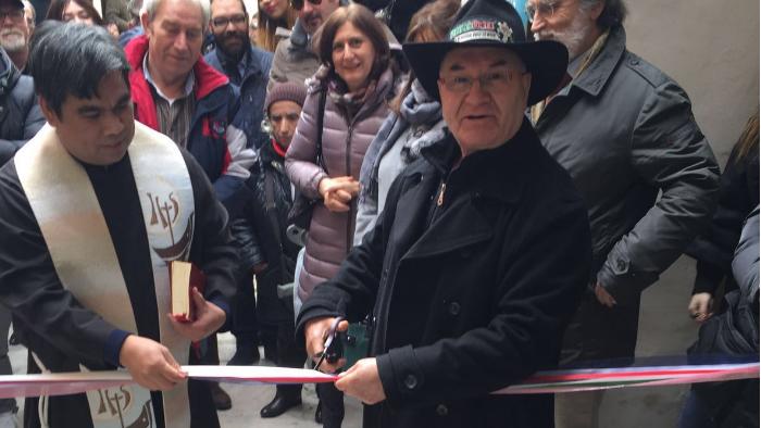 Il Burbero inaugura la Casa Arcobaleno: un tetto ai parenti dei piccoli ammalati