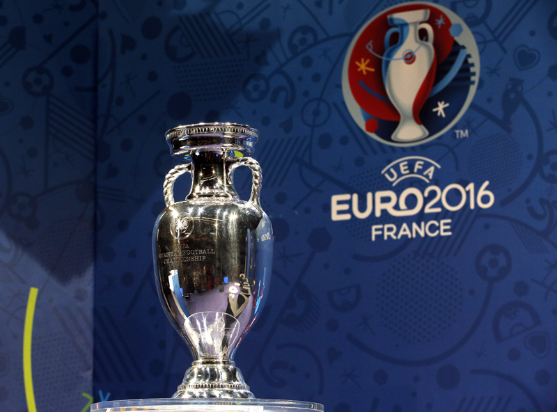 The European soccer championships trophy is put on display before a press conference to mark the hundred days to go before the start of Euro 2016 soccer tournament, in Paris, Wednesday, March 2, 2016. Photo: AP